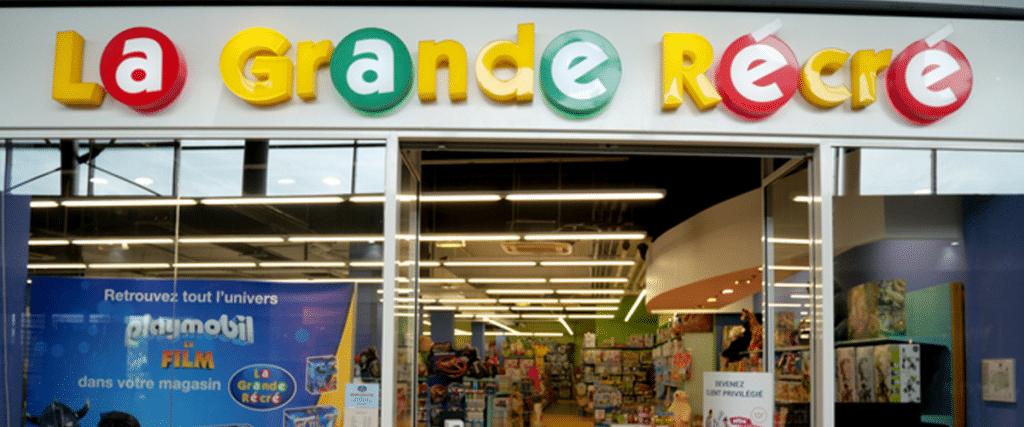 devanture d'un magasin de jouet